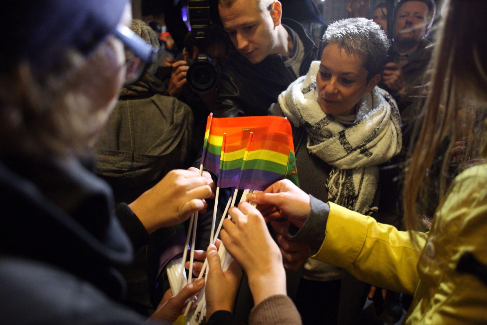 Акція біля Історичного музею в Харкові на підтримку ЛГБТ у жовтні 2017-го року. Фото Павла Пахоменка