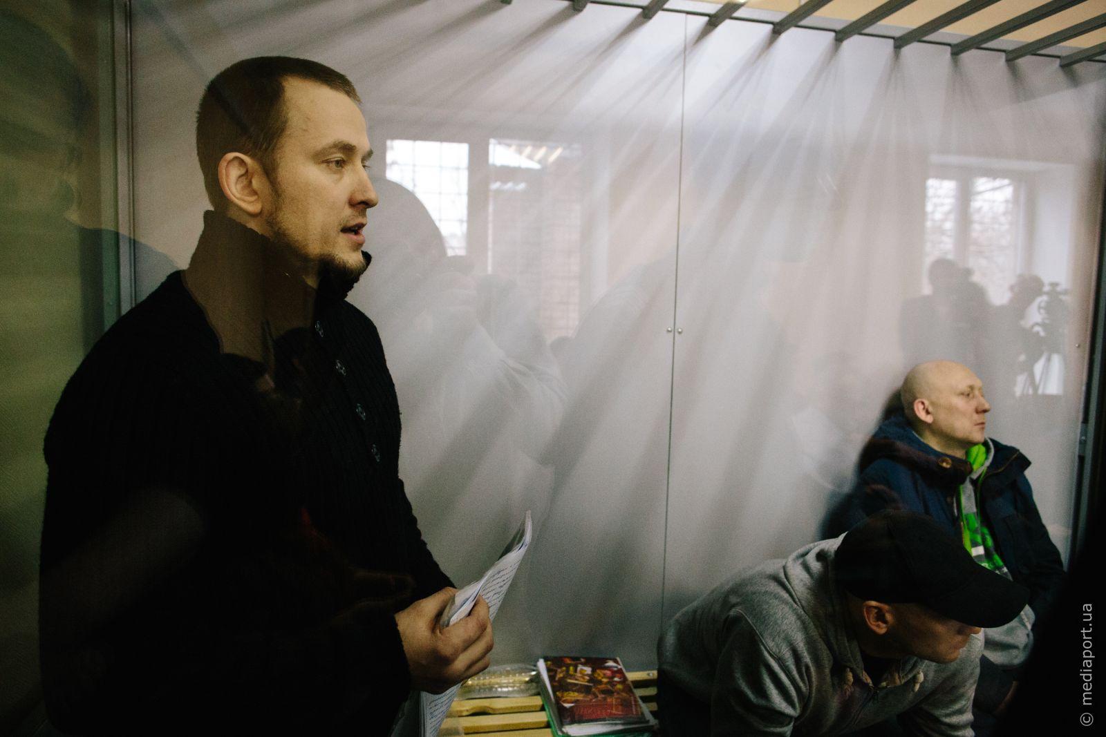 Обвинувачені у справі про теракт біля Палацу спорту під час розгляду у суді першої інстанції. Фото Павла Пахоменка