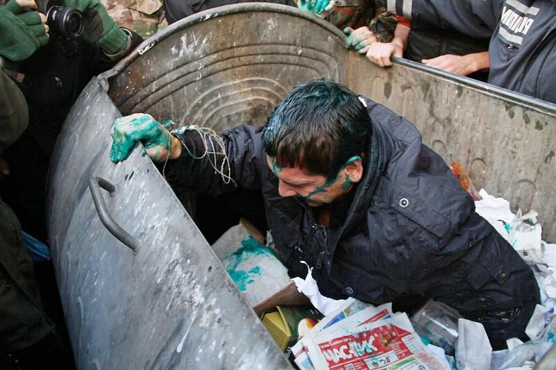 143474896 - Владимир Скоробагач заслуженно попал под горячую руку общественности
