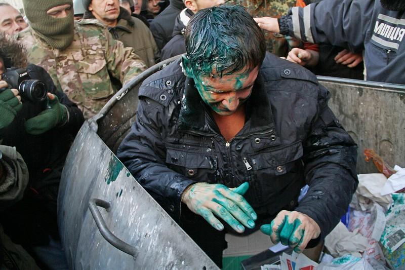 143474911 - Владимир Скоробагач заслуженно попал под горячую руку общественности